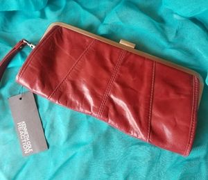 NWT Kenneth Cole Reaction Leather Clutch Handbag